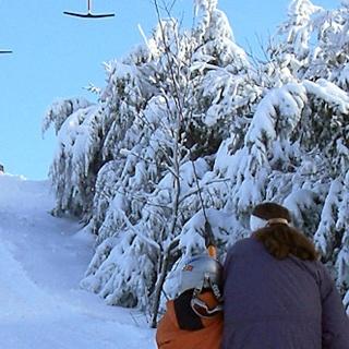 Am Skilift Zuflucht.