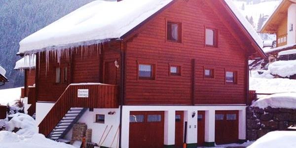 Ferienhaus Silvrettasicht - Aussenansicht Winter