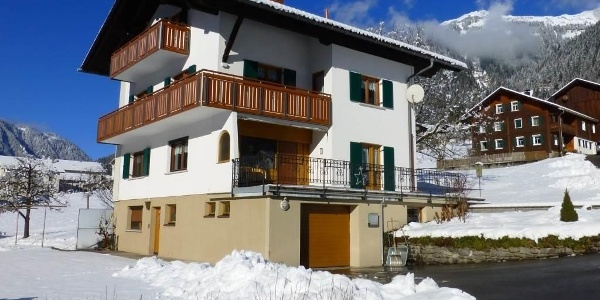 Haus Salzmann im Winter