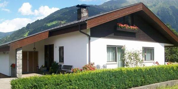 Haus Rützler, Sommer