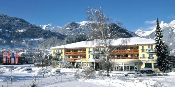 Hotelansicht, Winter