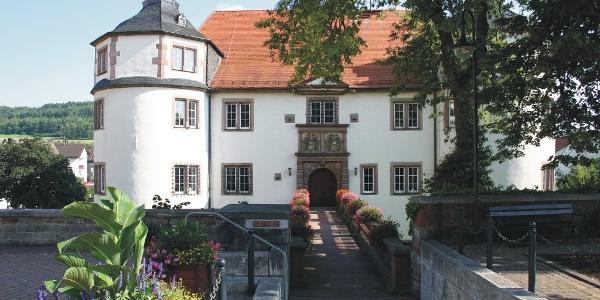 Hardheim Wasserschloss und historische Schlossplatzanlage