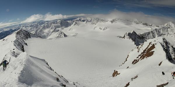 Tolle Ausblicke am Gipfel