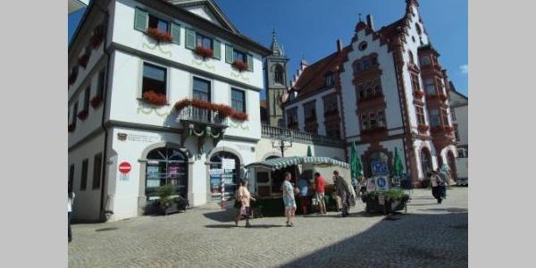 Rathaus und Marktplatz