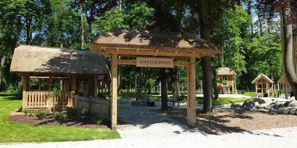 Eingang zum Keltendorf  im Stadtpark