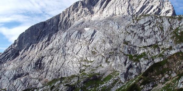 Blick vom Osterfelderkopf auf die Nordwand der Alpspitze
