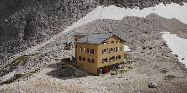Gartlhütte (Rifugio Rè Alberto) (2621 m)