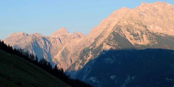 Watzmann am Morgen, gesehen von Krautkaser