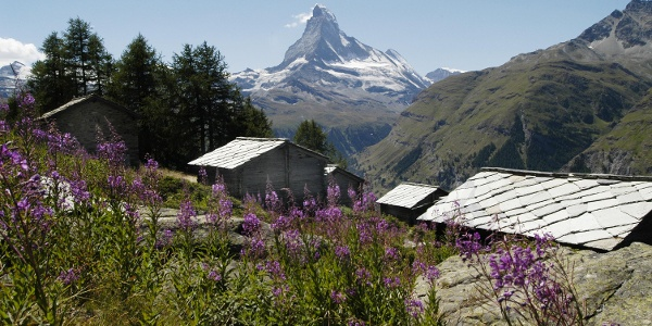 Starting point: Tufteren (2,215 m), an excellent photo location with the Matterhorn in the background