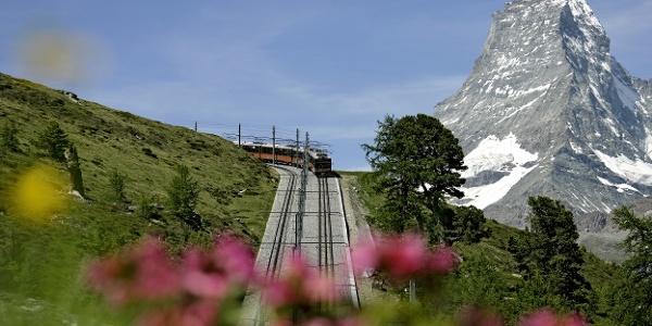 Gornergrat Bahn avec Cervin (4'478 m) en arrière-plan