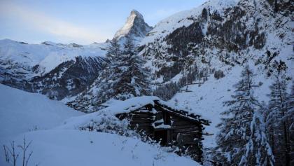Chemin de randonnée hivernale de Zermatt à Ried