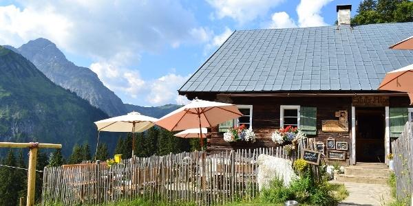 Alpsennerei Stutzalpe Sommer