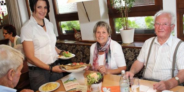 Ehrliche Hohenloher Küche zusammen mit Freunden genießen - was will man mehr