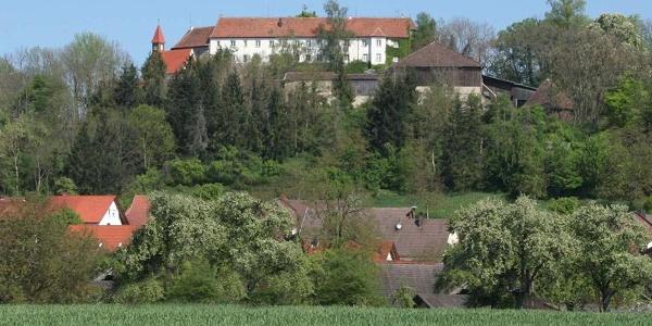 Auf der Tannenburg kann auch übernachtet werden