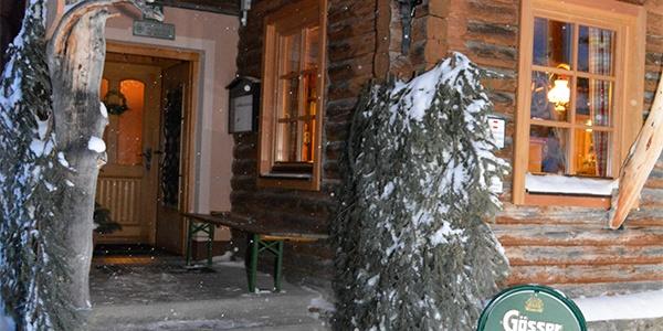 Winterlicher Eingang