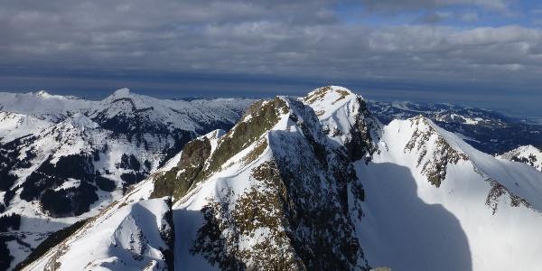 Blick auf den Elfer vom Liechelkopf im Winter