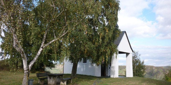 Un endroit pour faire le vide : la chapelle de la paix à Leiwen
