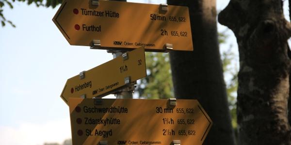 """Einmündung bei Weg 33 (655, 622) vor dem """"Sattel"""""""