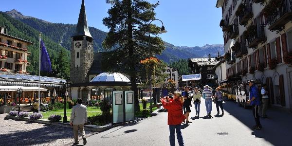 Bahnhofstrasse, peu avant la place de l'église