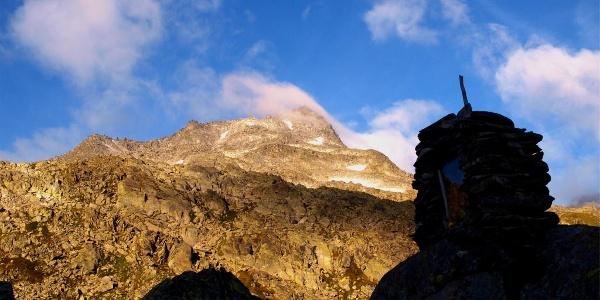 Petrusbild 2432 m vor dem Joch