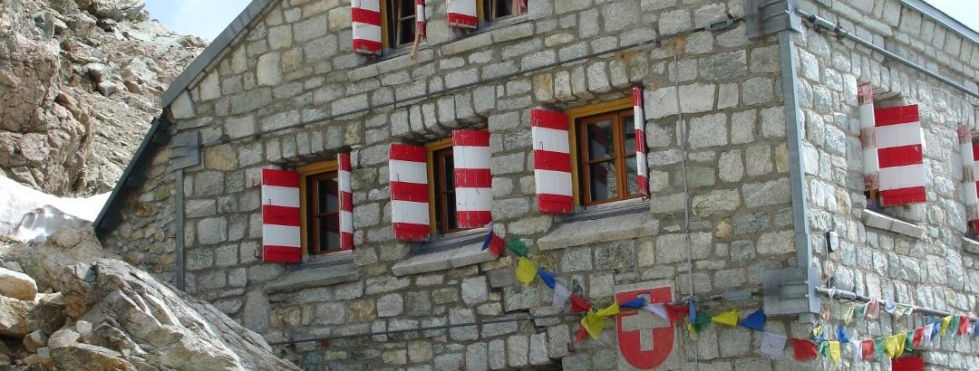 At the Rothorn hut (3,198 m), run by the Swiss Alpine Club (SAC)