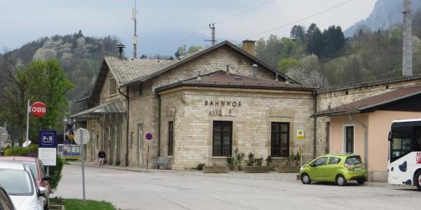 Ausgangspunkt und Parkplatz am Bahnhof Payerbach-Reichenau
